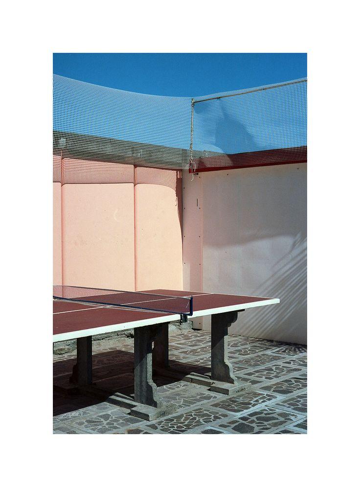 Tavolo da Ping Pong, Milano Marittima. Pentax Me Super - Kodak Ektar 100.
