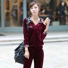 2015 chándales mujeres franela invierno los trajes del deporte cálidos M-4XL de gran tamaño Joggingpak Polerones Mujer trajes de la camiseta TS0130(China (Mainland))
