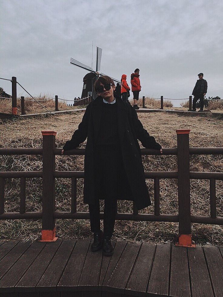 """방탄소년단 on Twitter: """"  https://t.co/uA2bg7Sg9u"""""""