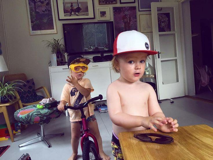 Swedish midsummer feeling  #dwbtoftshit #riders #bmx #bmxlife #striderbike #kids #midsummer #sweden