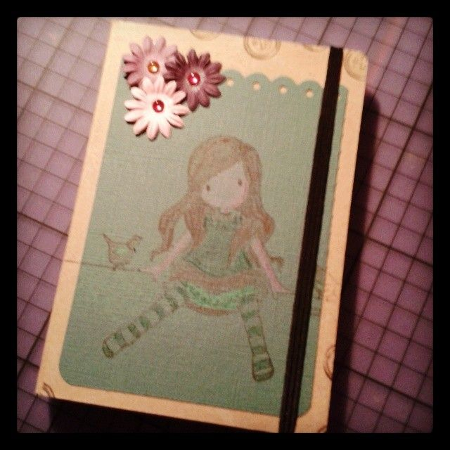 """Like..."" notebook serie #3: ""Like Lizzie""  Sized: A6 Inside: fogli bianchi Elastico nero Price: 7 euro"