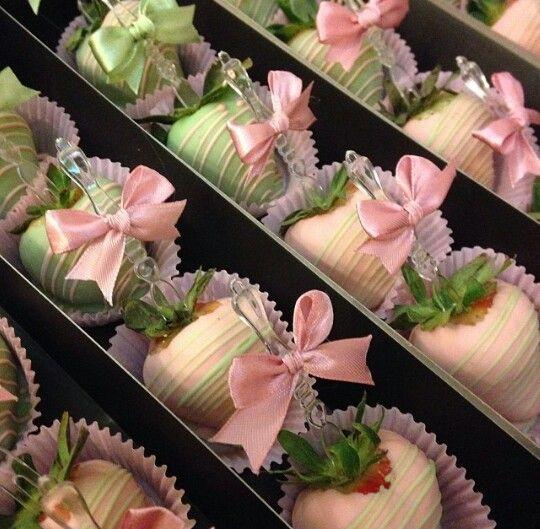 ♔ white chocolate covered strawberries
