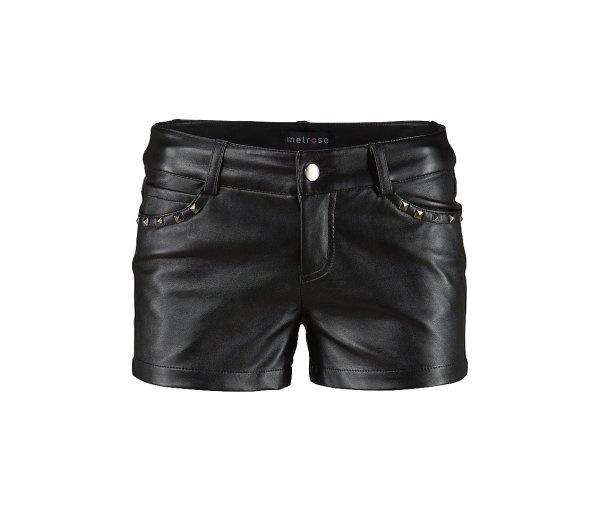 pantaloni negri scurti cu aplicatii metalice la buzunare