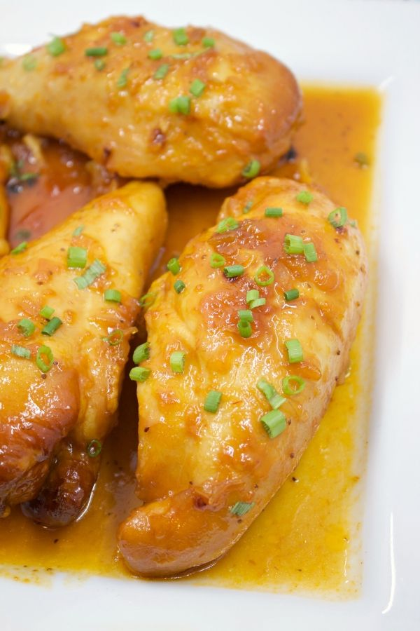 Easy slow cooker apricot chicken