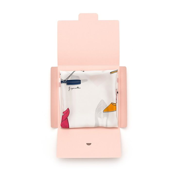 Scarpe silk square packaging, 90x90. By Joyce and Nim. Made in Italy.