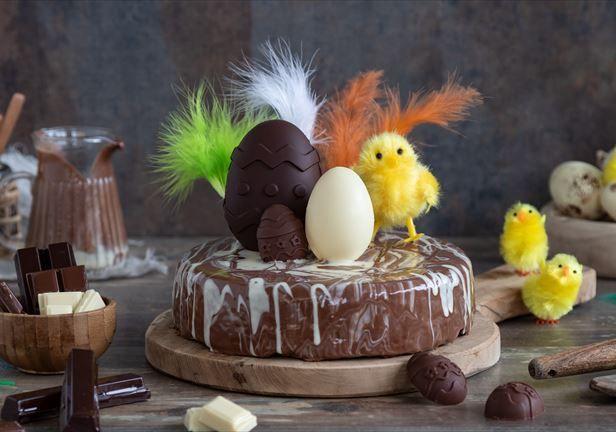 Tarta De Pascua A Los Tres Chocolates En Nestlé Cocina Recetas Nestlecocina Menuplanner Cocina Tartas Postres Dulces Tres Chocolates