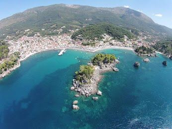 Επισκεφθείτε το πιο κοσμοπολίτικο μέρος της Ηπείρου, την Πάργα, σε απόσταση 95 χλμ από το ξενοδοχείο μας! www.nantinhotel.gr #Parga   #Epirus   #Greece   #Nantinhotel   #Bed_and_Breakfast   #Ioanninahotel