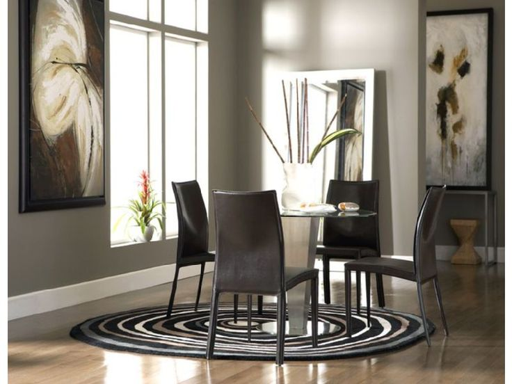 Julia Dining Table With Glide Chairs