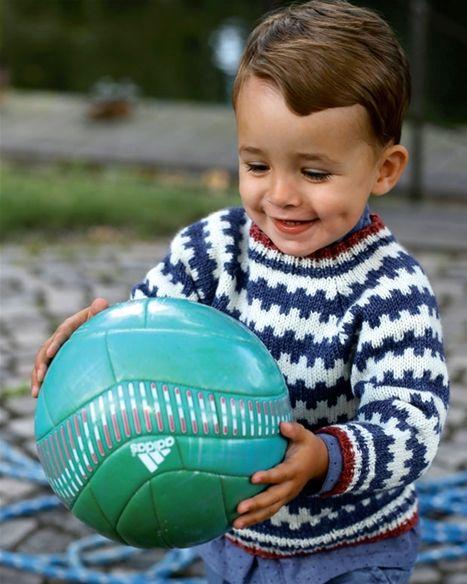 Fin barnesweater med et super flot og moderne retromønster.