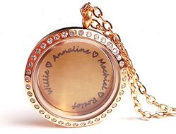 Beautiful personalized family names locket from Charis Jewelry.  Shop Online at www.charisjewelry.co.za
