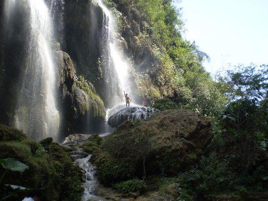 Imagen de Cascada el Aguacero, Chiapas: El Aguacero Chiapas. Consulta 2,514 fotos y videos de Cascada el Aguacero tomados por miembros de TripAdvisor.