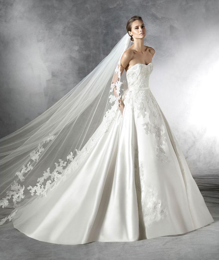 Classic Sweetheart Court Train Satin Ball Gown Wedding Dress Apr0163