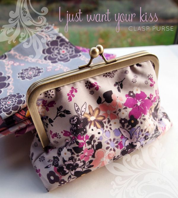 """Fat Quarter Gang Tutorial - """"I Just Want Your Kiss"""" clasp purse by I'm A Ginger Monkey"""