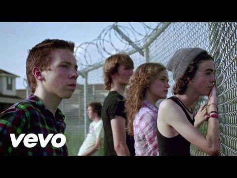 Arcade Fire - The Suburbs - YouTube