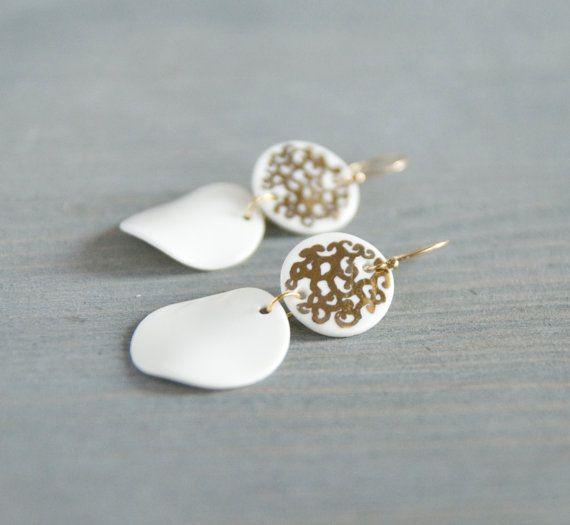 White porcelain earrings  dangle earrings disc por jewelryfromimka
