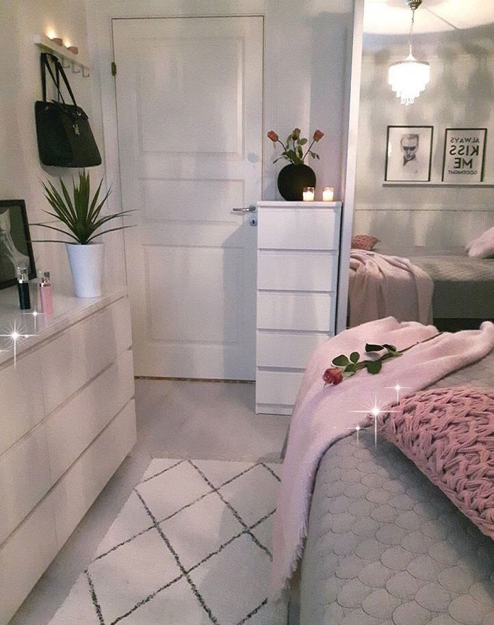 What S Hot On Pinterest Why Scandinavian Pastel Decor Unique Blog Small Bedroom Bedroom Design Home Decor Bedroom