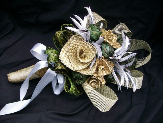 Handwoven NZ flax wedding bouquet made from natural flax and green dyed flax plaited buds with silver flax pods and netting $150