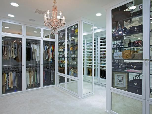 large walk in closet designs |