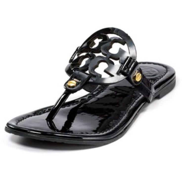 Tory Burch sandals (black) | @giftryapp