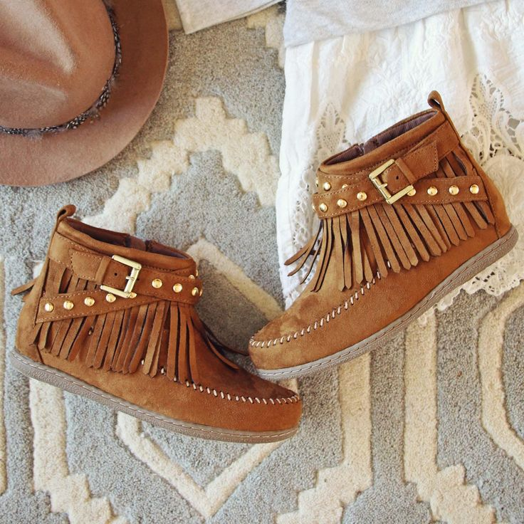 moccasin singles & personals Nowadays dating become quick, easy and simple find you partner at our site as soon as you get a chance, be lucky in no time - insoles height.