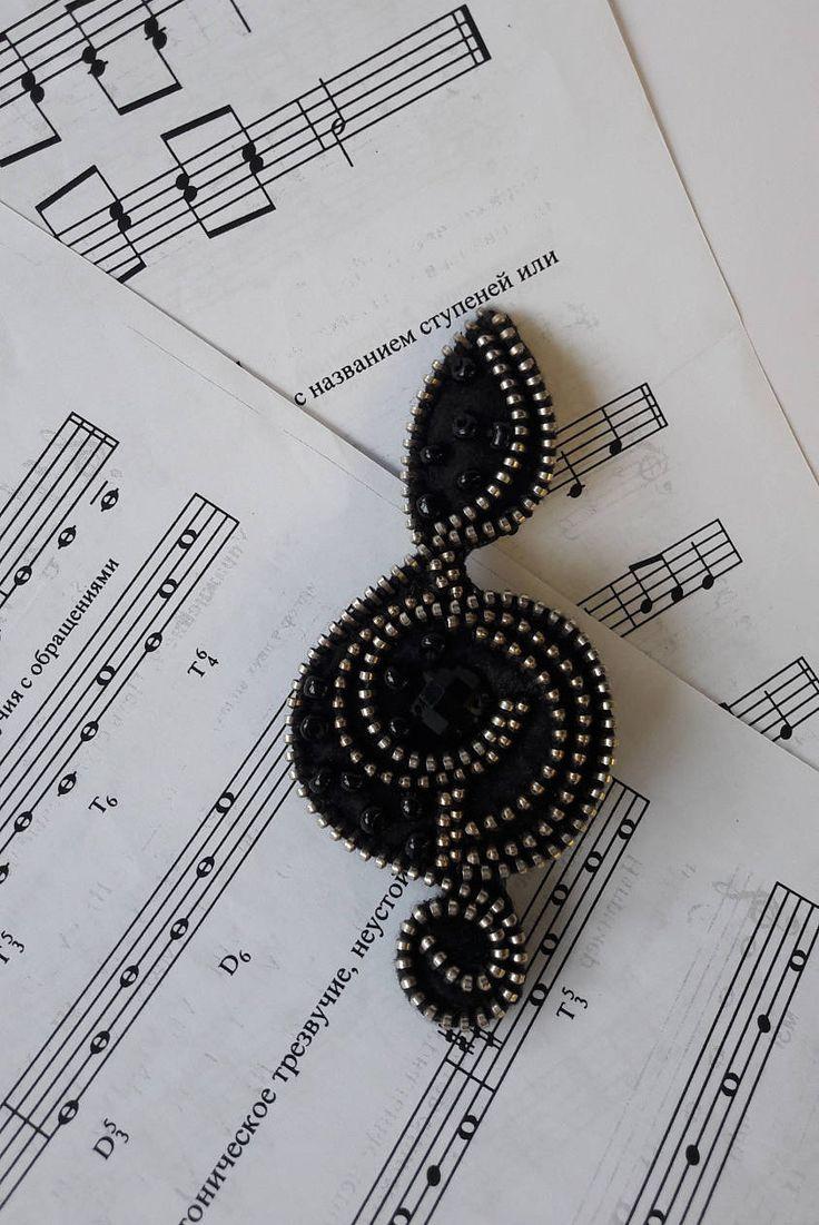 Treble clef brooch,Music Brooch, Zipper brooch, Zipper accessory, Dress brooch, Decorative brooches, Unusual brooch, Gift for her by ZASTIBKA on Etsy
