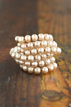 Stacked pearl bracelet for the bride...mimi loved pearls always wore pearl earrings..