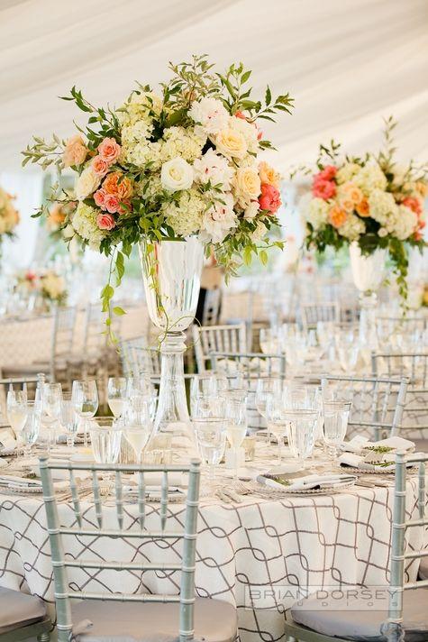 Beautiful Lush Centerpieces #wedding #floral #arrangements