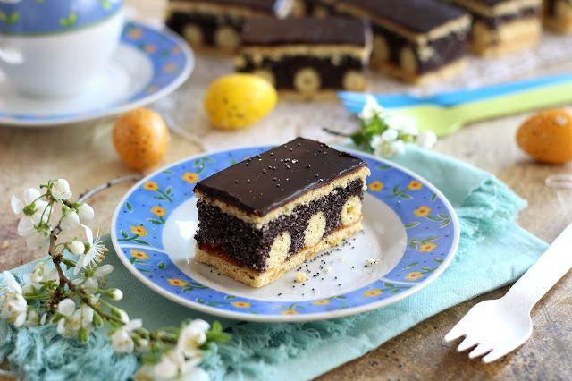 Juditka konyhája: Pöttyös, mákos sütemény