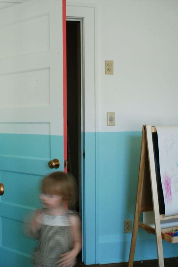 DIY déco peinture porte trés onne idée la bande fluo                                                                                                                                                     Plus