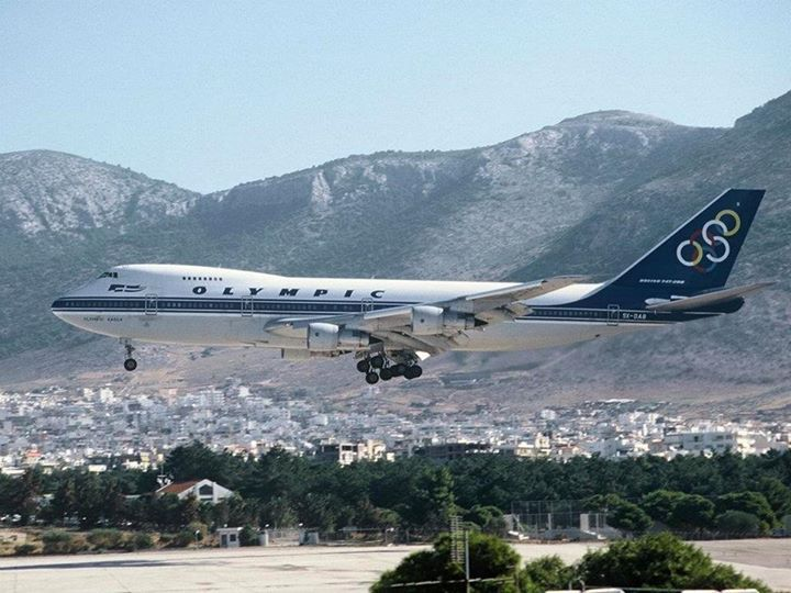 Throwback To An Amazing Era Olympic Eagle The Heroic B747 Landing In Hellinikon Airport Olympic Airways Alwa Boeing Aircraft Olympic Airlines Aircraft