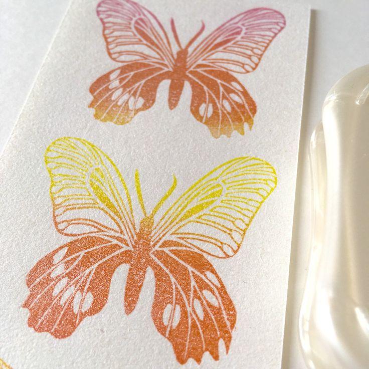 Testing this beautiful Aurora Brilliance ink pad. I love the metallic effect it has.