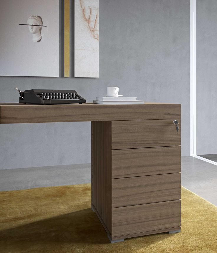 PLANO executive office desk by Prof Office