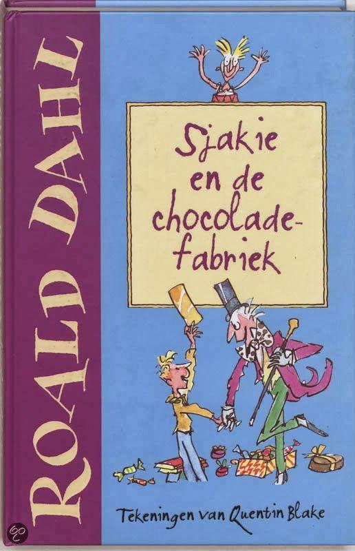 """Recensie van Myrthe (★★★★★) over """"Sjakie en de chocoladefabriek"""" van Roald Dahl   De Fontein 1968 (1e druk), 176 bladzijden, illustraties van Quentin Blake, vertaald door Harriët Freezer   Andere stomme, vervelende kinderen krijgen in een chocoladefabriek de meest rare ongelukken. Maar voor Sjakie wordt het de heerlijkste dag uit zijn leven!   http://www.ikvindlezenleuk.nl/2014/03/roald-dahl-sjakie-en-de-chocoladefabriek.html"""