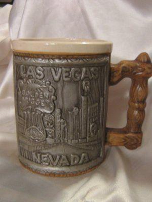 VLV vintage #GoldenNugget Horseshoe #Casino Mugs old #Vegas Strip set 2 @ mugshoppe.ecrater.com