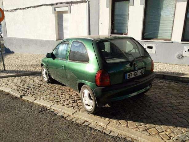 Opel corsa 15 gasóleo em bom estado motor isuzu preços usados
