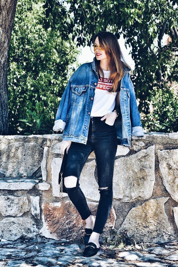 #camiseta #mensaje #jeans #casual #gafas #amarillas #look #lookfortime #lookbook #biker #denim #ootd