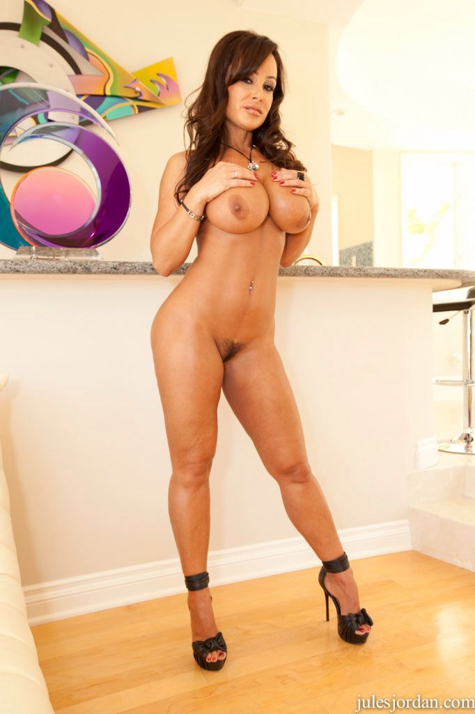 Lisa ann sexy nude, group of hot naked chicks