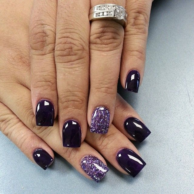 Dark Purple + Glitter | Nail Art Ideas