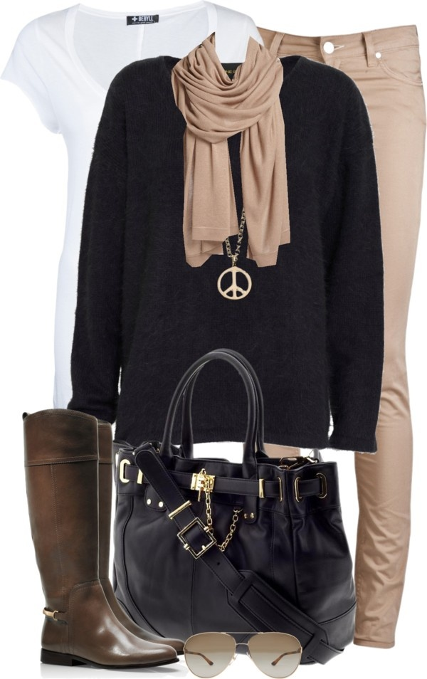 Casual black & kaki. Not a fan of the peace sign necklace but all else I love.