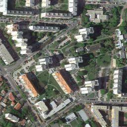 Vyhľadanie miestnych firiem, zobrazenie máp a získanie trás jazdy v službe Mapy Google.