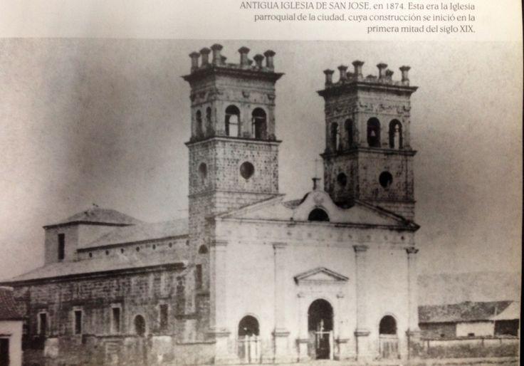 Antigua iglesia de San José, en 1874 cuya construcción se inició en la primera mitad del siglo XIX