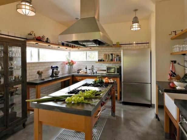 Browse kitchen countertop pictures from HGTV Remodels to see examples of materials ranging from wood, granite, solid surface and tile to stainless steel.