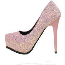 2017 femmes talons hauts chaussures de mariage lady cristal plates-formes argent Glitter strass de mariée mince talon pompe parti chaussures simples