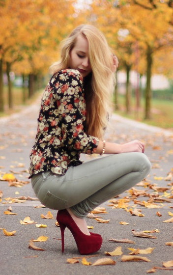 Fall Florals and burgundy pumps