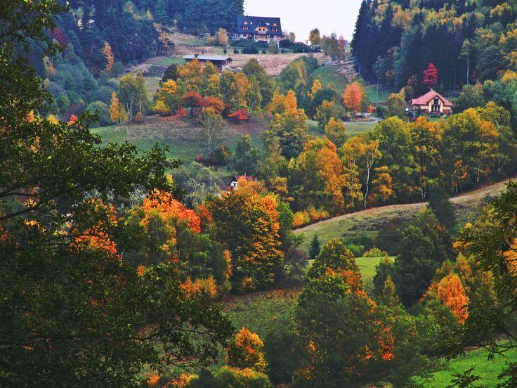 "Nine shots of autumn... photo no.3 ""fairy view of the mountain village"""