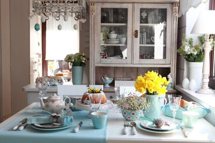 Ester Table #Dekoria #ester #inspirations #kitchen #interior #table #pastele #spring #wiosna #dekoracje #wielkanoc #babyblue