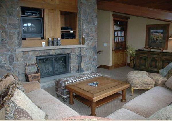 Vail Village Inn Vacation Rental - VRBO 3485954ha - 5 BR Vail Village House in CO, Private Hot Tub - $825/night