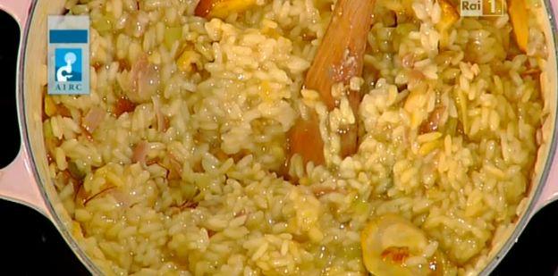 Ricette Sergio Barzetti: risotto con funghi formaggio speck e zafferano