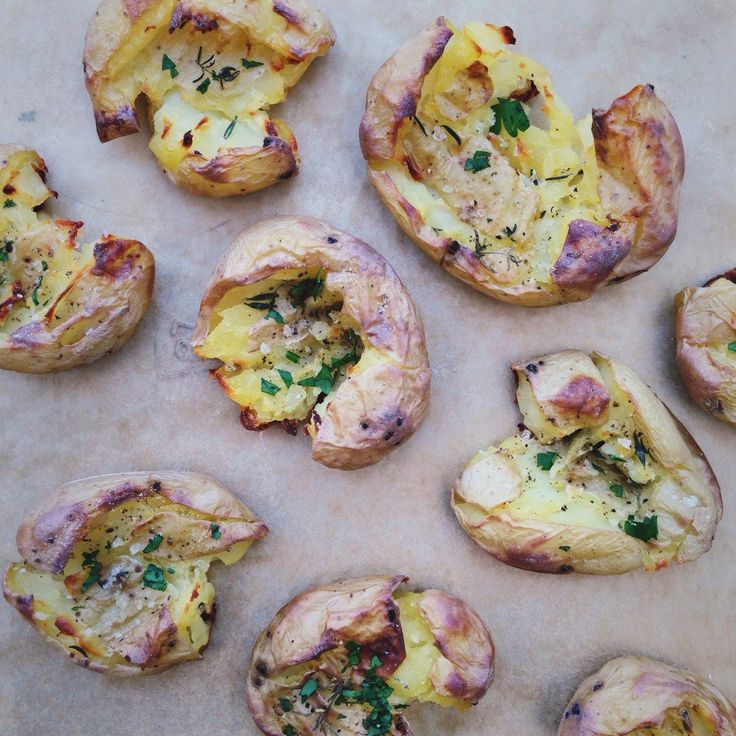 Geplette krieltjes uit de oven oftewel crispy smashed potatoes