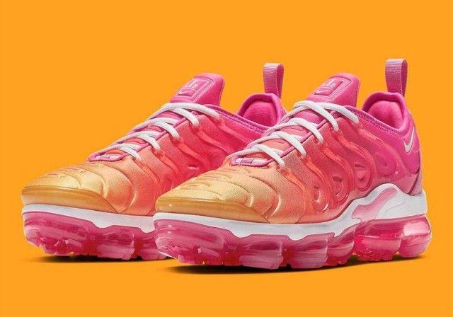 Nike Air Vapormax Plus Pink Orange